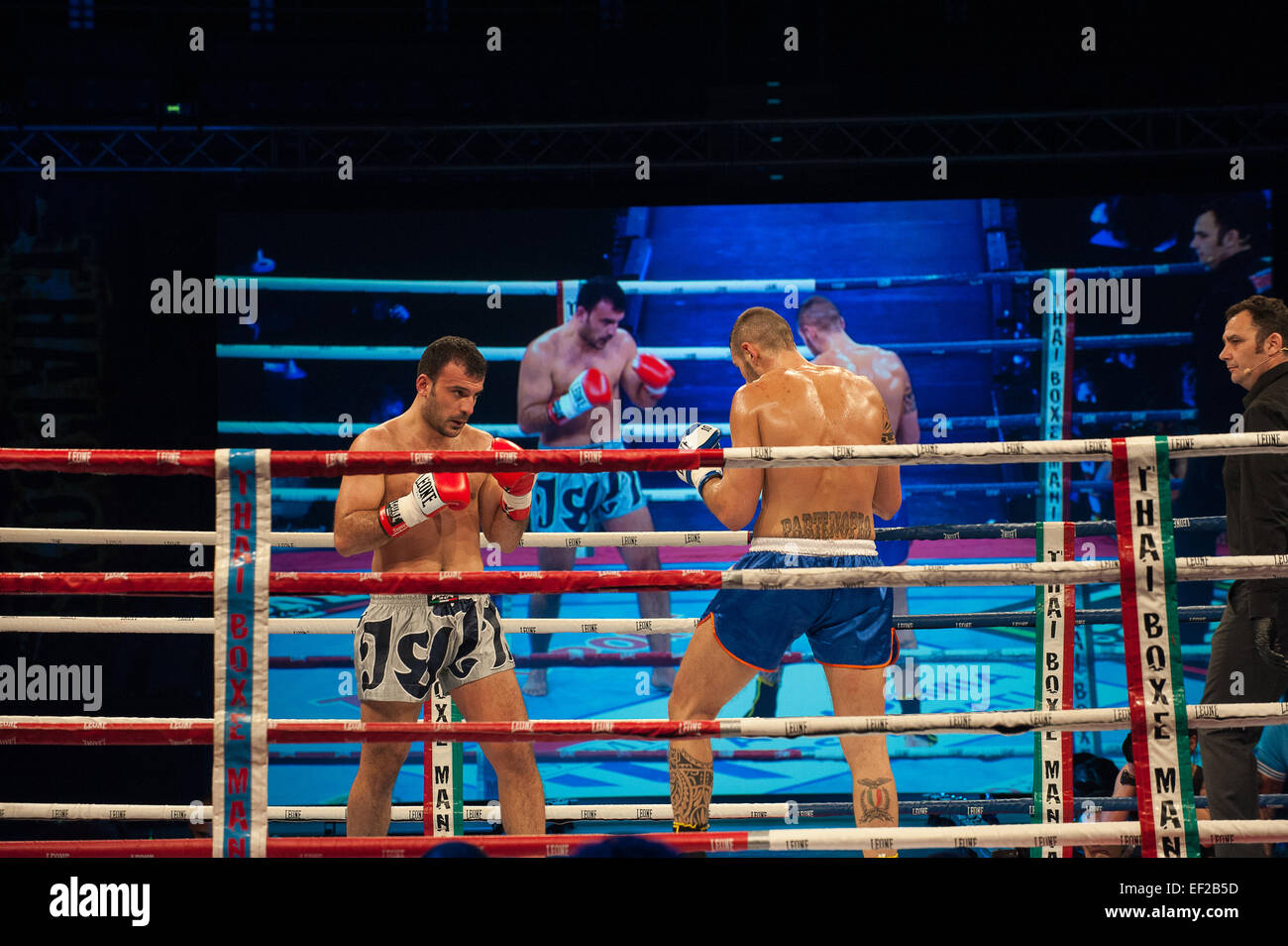 Italy Piedmont Torino Palasport Palaruffini 2015 24th January  2015 Thai Box Mania - Vittorio Iermano Italy VS Ogest - Stock Image