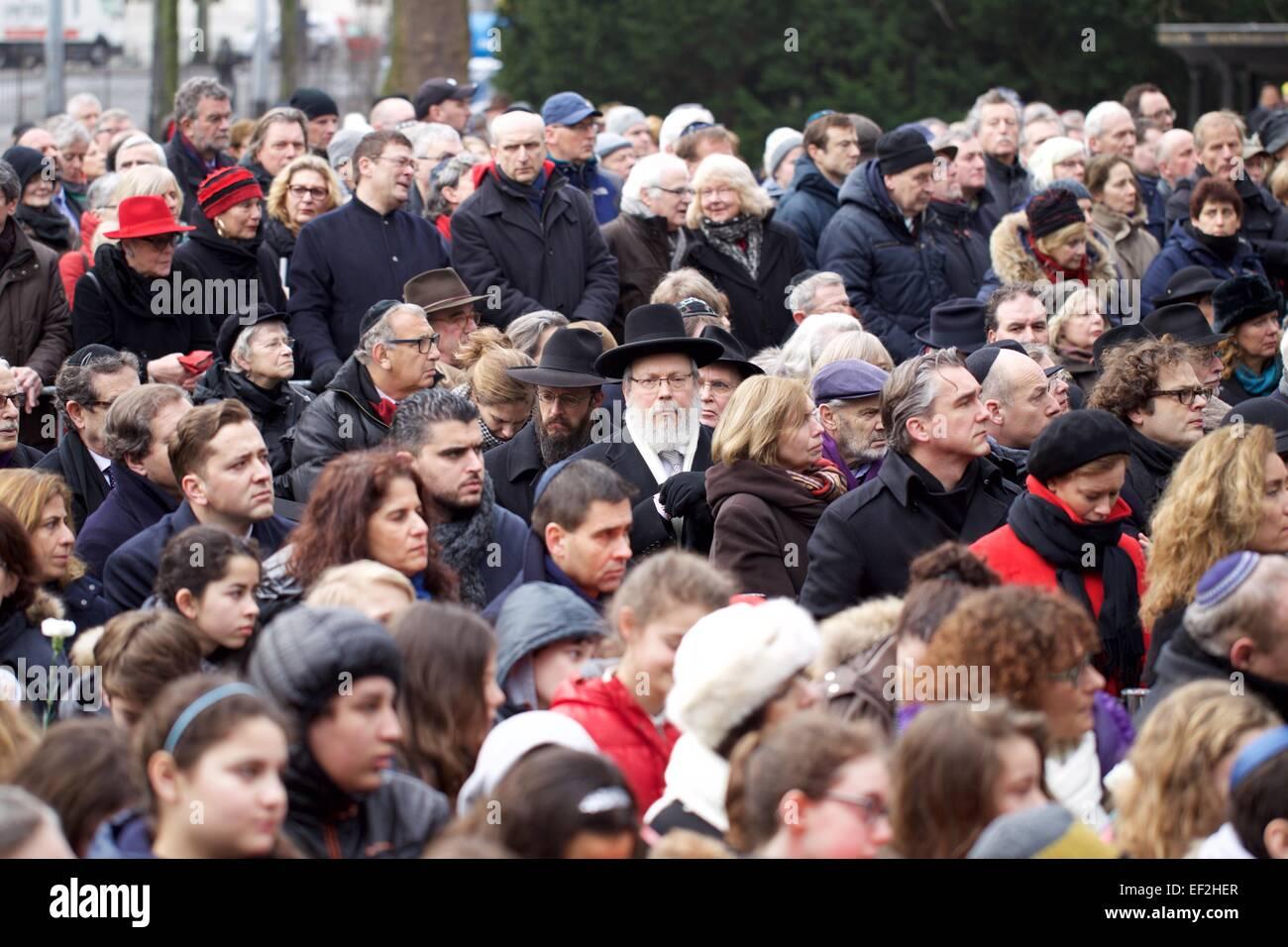 Amsterdam, Netherlands. 25th Jan, 2015. Dutch people attend a silent march in Amsterdam, Netherlands, on Jan. 25, - Stock Image