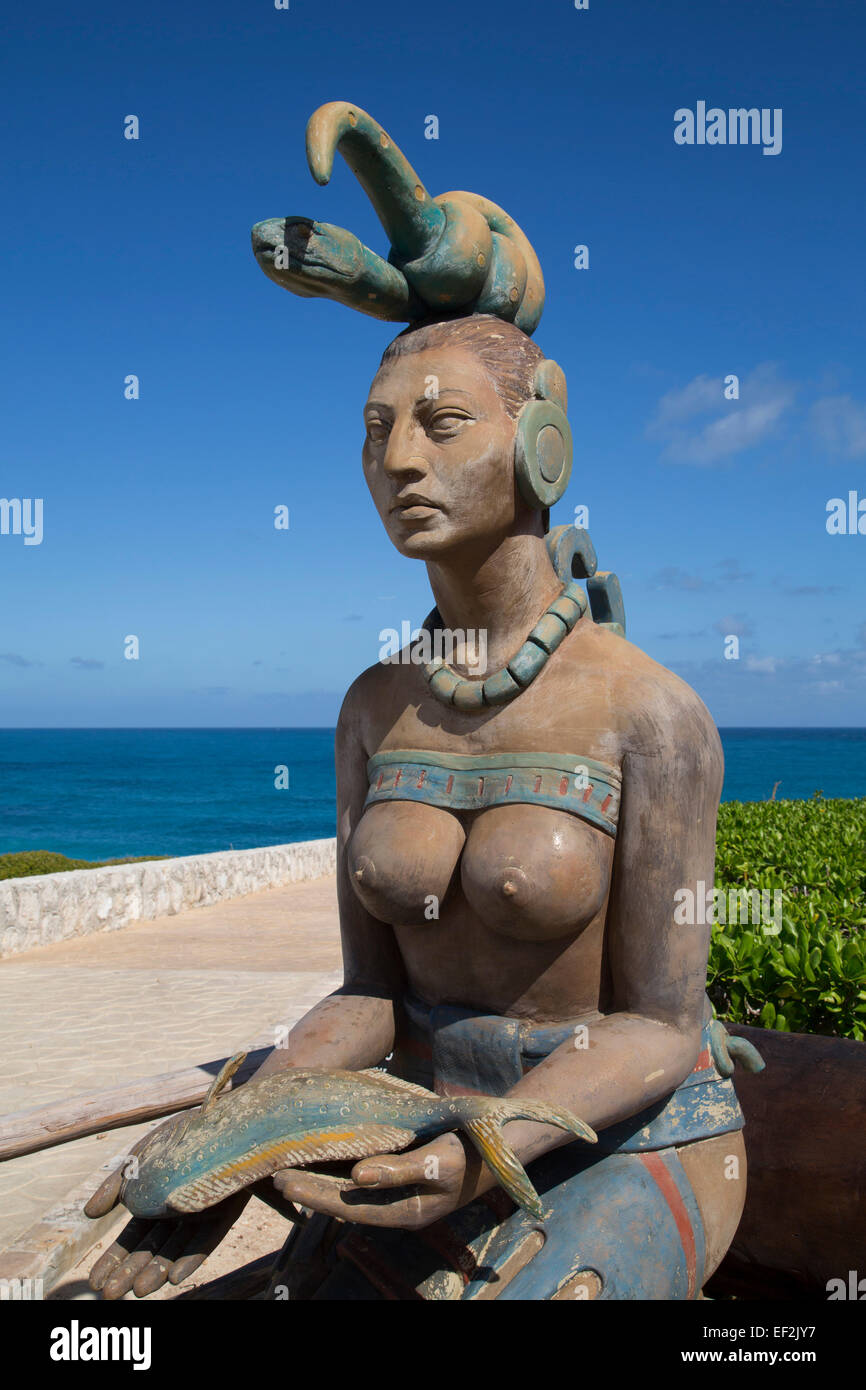 Statue, Ixchel, Maya Goddess of the Moon and Fertility, Punta Sur, Isla Mujeres, Quintana Roo, Mexico - Stock Image