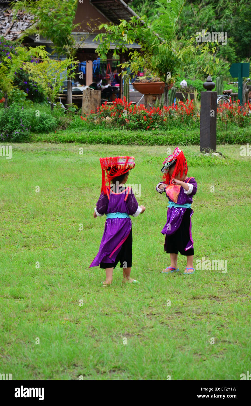 Children Hmong People at Doi Kiew Lom waiting service the traveler for take photo with them in Mae Hong Son, Thailand. - Stock Image