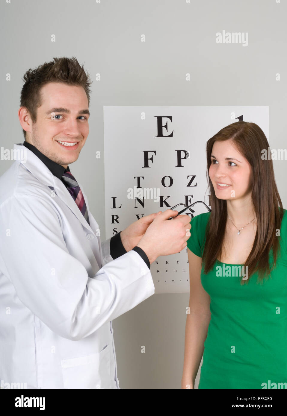 Optometrist and patient - Stock Image