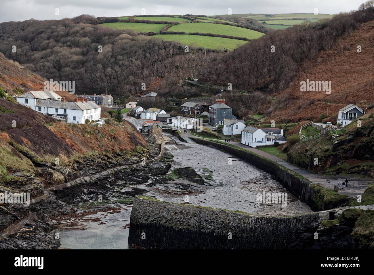 The harbour entrance, Boscastle, Cornwall, England, looking inland toward the picturesque village - Stock Image