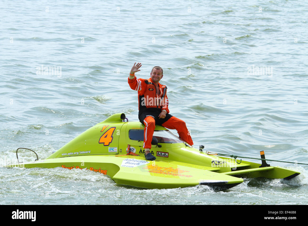 Boat Y4 with a failure  Class Y, 1 5 Liter Modified