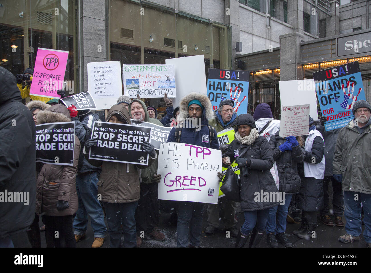 New York, USA. 26th January, 2015. New Yorkers protest the secret negotiations around the Trans-Pacific Partnership, Stock Photo