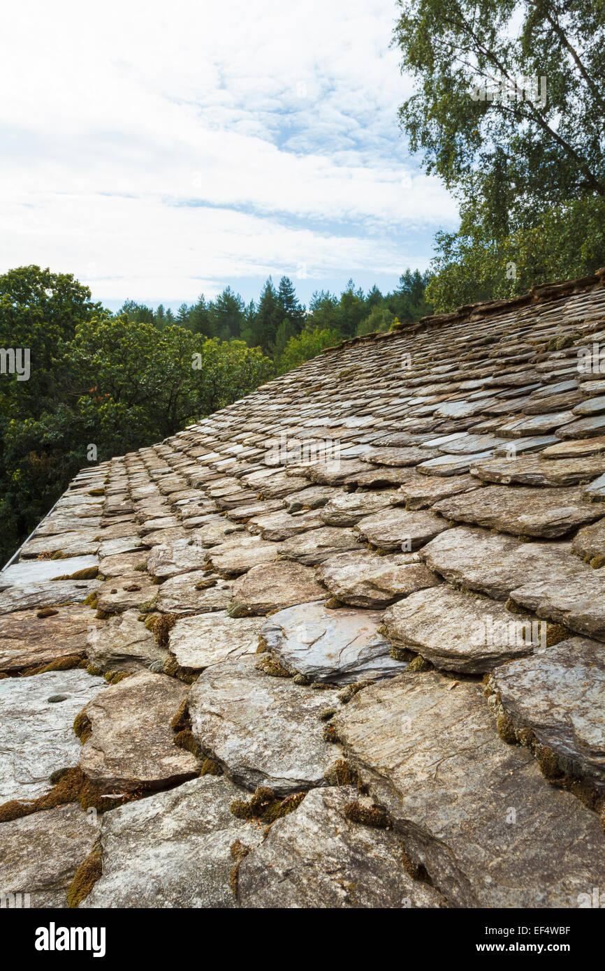 schist roof, cévennes france - Stock Image