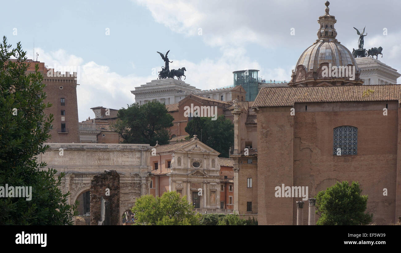 Ancient Rome ruins, Rome Italy - Stock Image