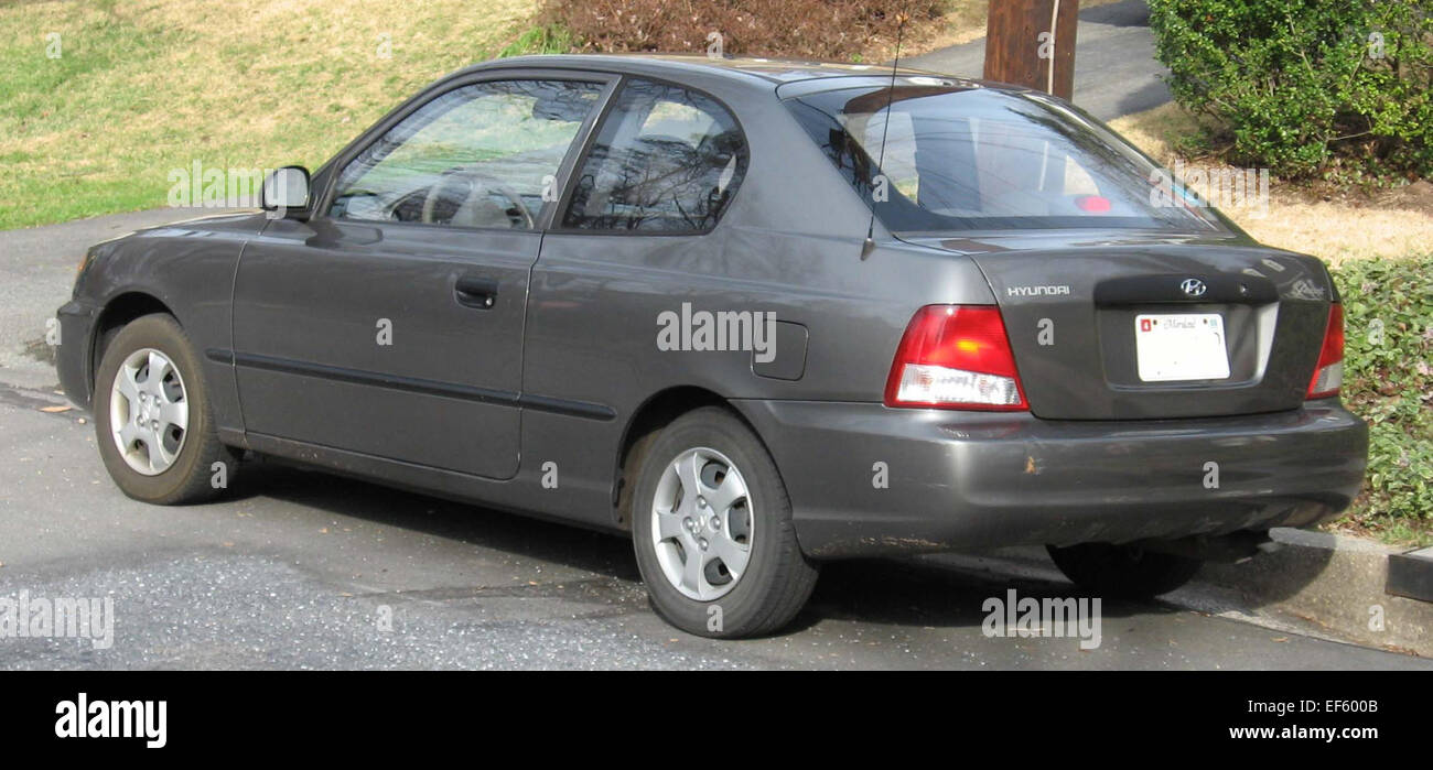page 3 - hyundai accent high resolution stock photography and images - alamy  alamy
