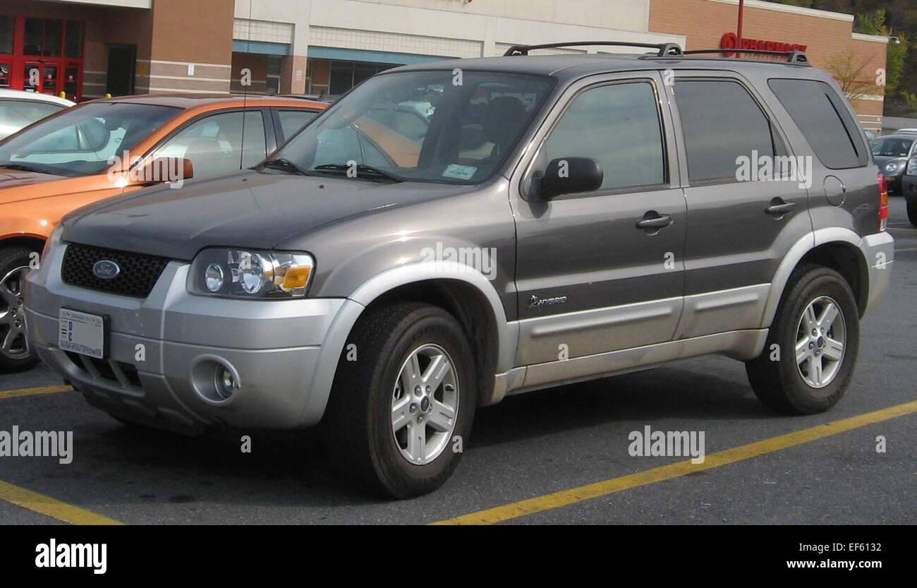 07 ford escape hybrid oil light reset