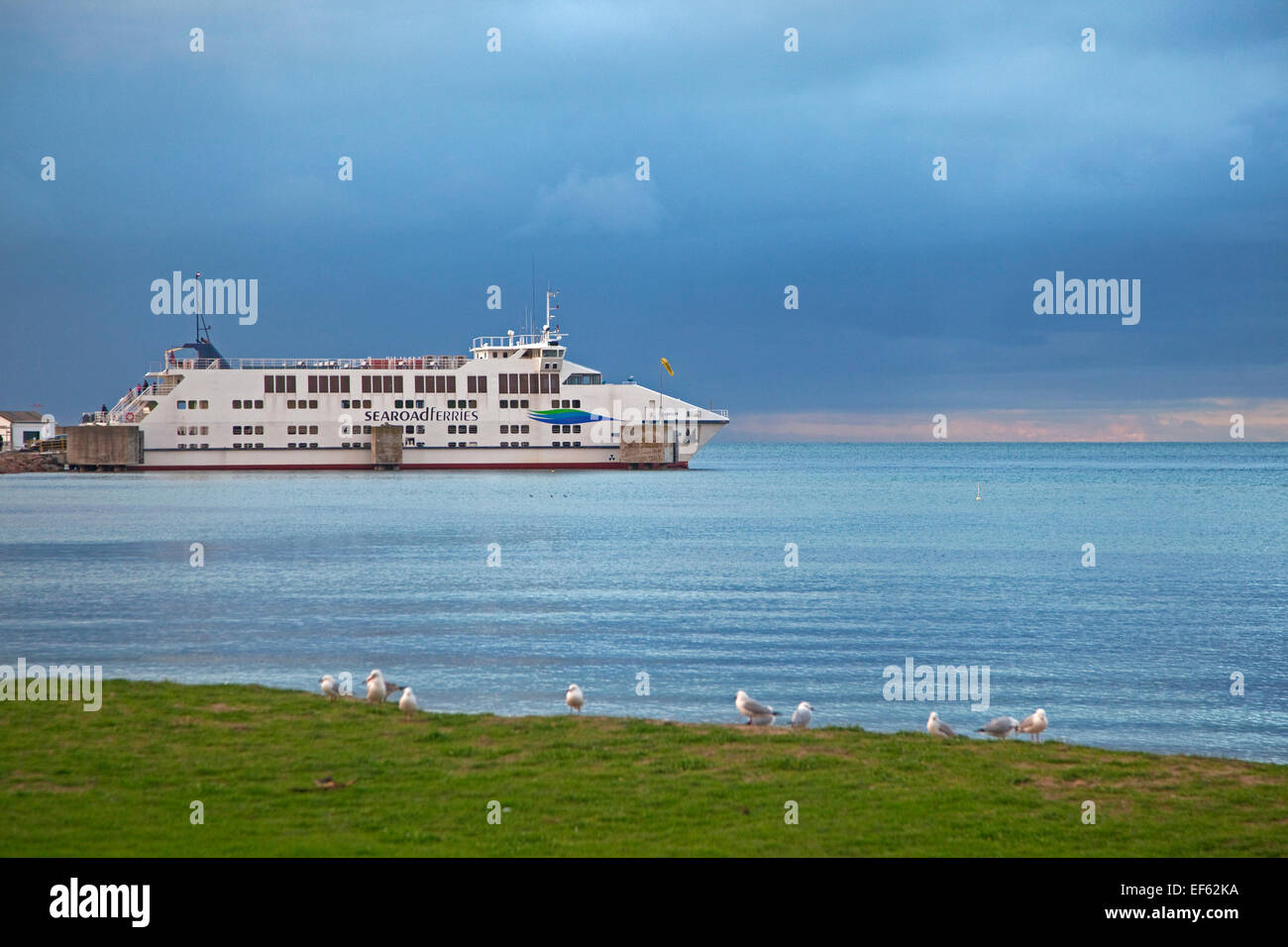 The ferry MV Queenscliff from Searoad Ferries docked at Sorrento in the Port Phillip Bay at sunset, Victoria, Australia - Stock Image