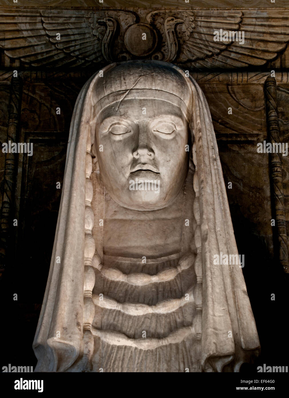 Egyptian Goddess Isis Stock Photos & Egyptian Goddess Isis Stock Images - Alamy