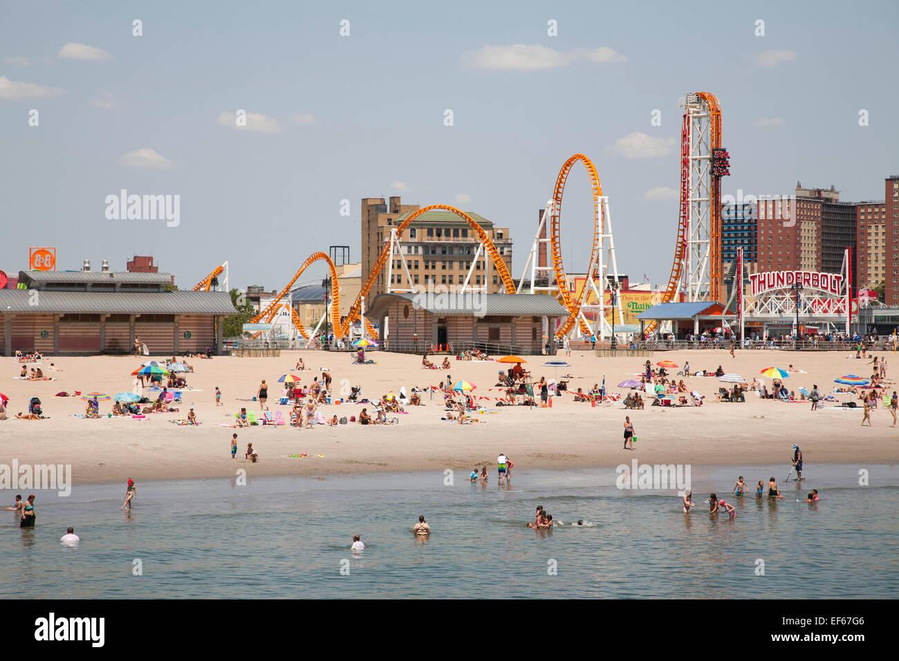 beach and amusement park, Coney Island, New York, USA, America - Stock Image