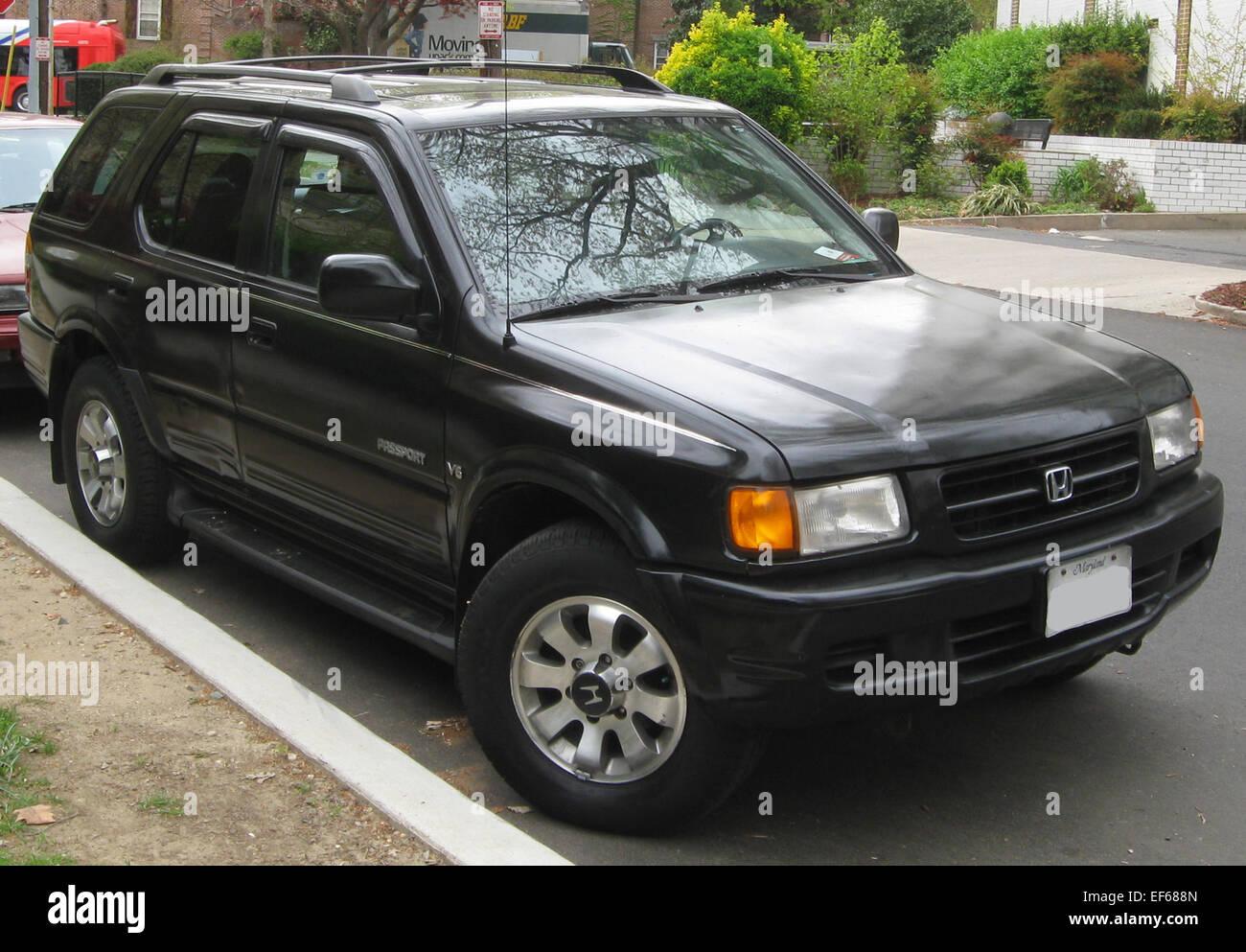 1998 1999 Honda Passport    03 30 2012 - Stock Image