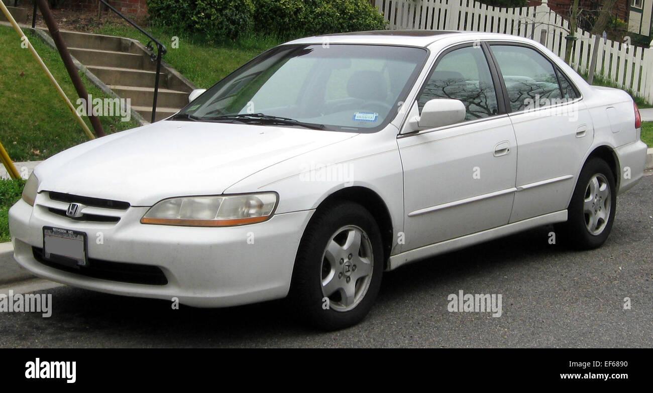 Kelebihan Kekurangan Honda Accord 2000 Perbandingan Harga