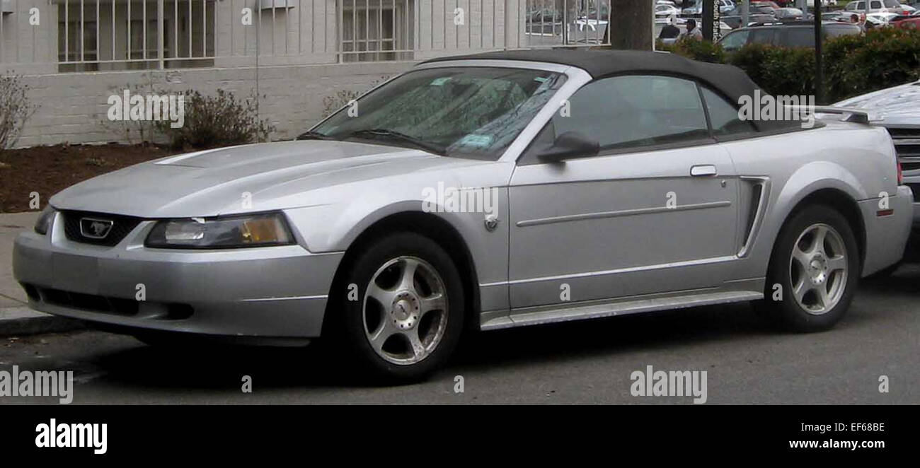 1999 2004 ford mustang convertible