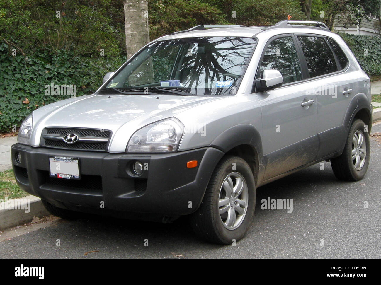 high cabin to com hyundai dnextauto click tucson view space here image reviews resolution