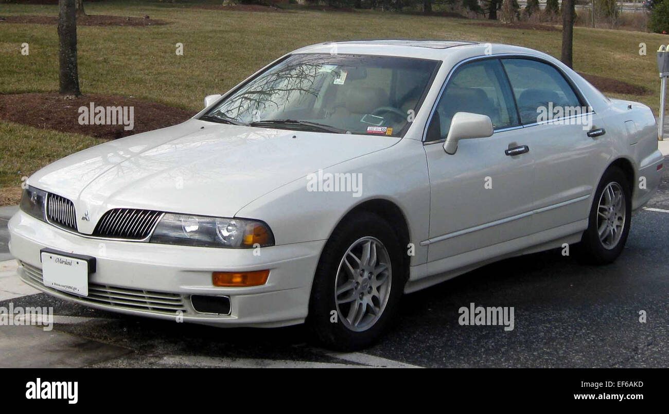 2002 2003 mitsubishi diamante stock photo: 78201409 - alamy