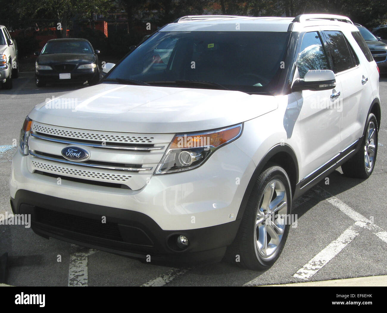 2011 Ford Explorer Limited >> 2011 Ford Explorer Limited 12 15 2010 3 Stock Photo