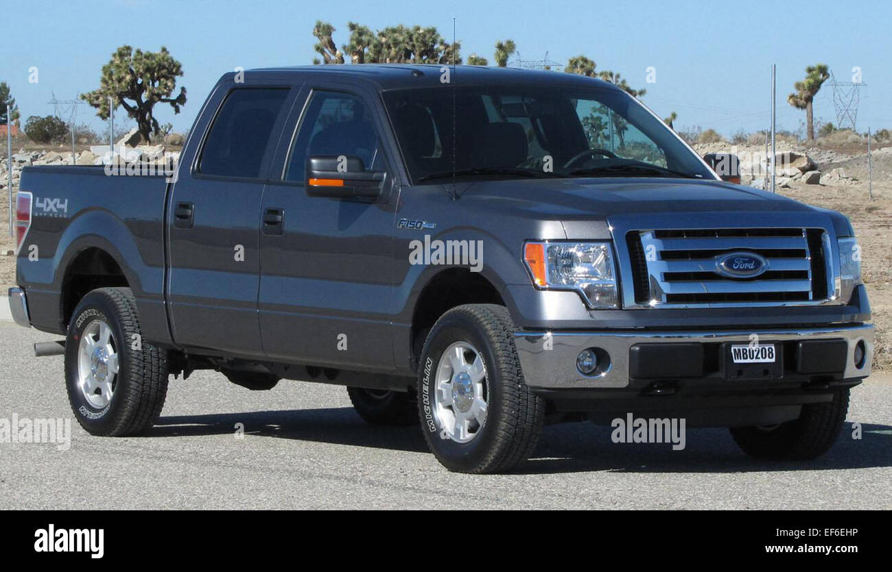 Ford F150 Crew Cab >> 2011 Ford F 150 Crew Cab Nhtsa Stock Photo 78204498 Alamy