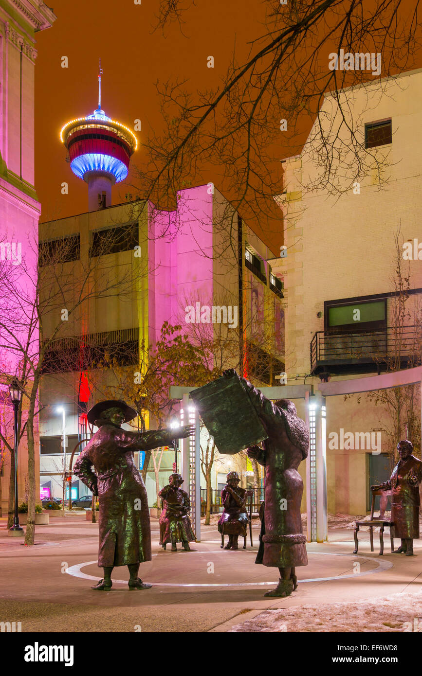 Famous Five statue. Larger than life bronzes, sculpted by Barbara Paterson, Stephen Avenue, Calgary, Alberta, Canada - Stock Image