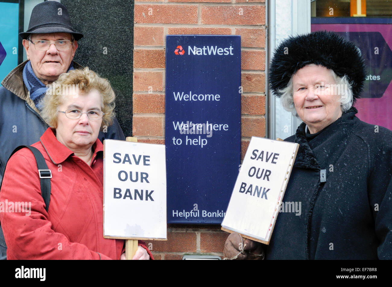 Keyworth, Nottinghamshire, UK. 28th January, 2015. Local Councillor Sam Boote and residents stage a 2 hour protest - Stock Image