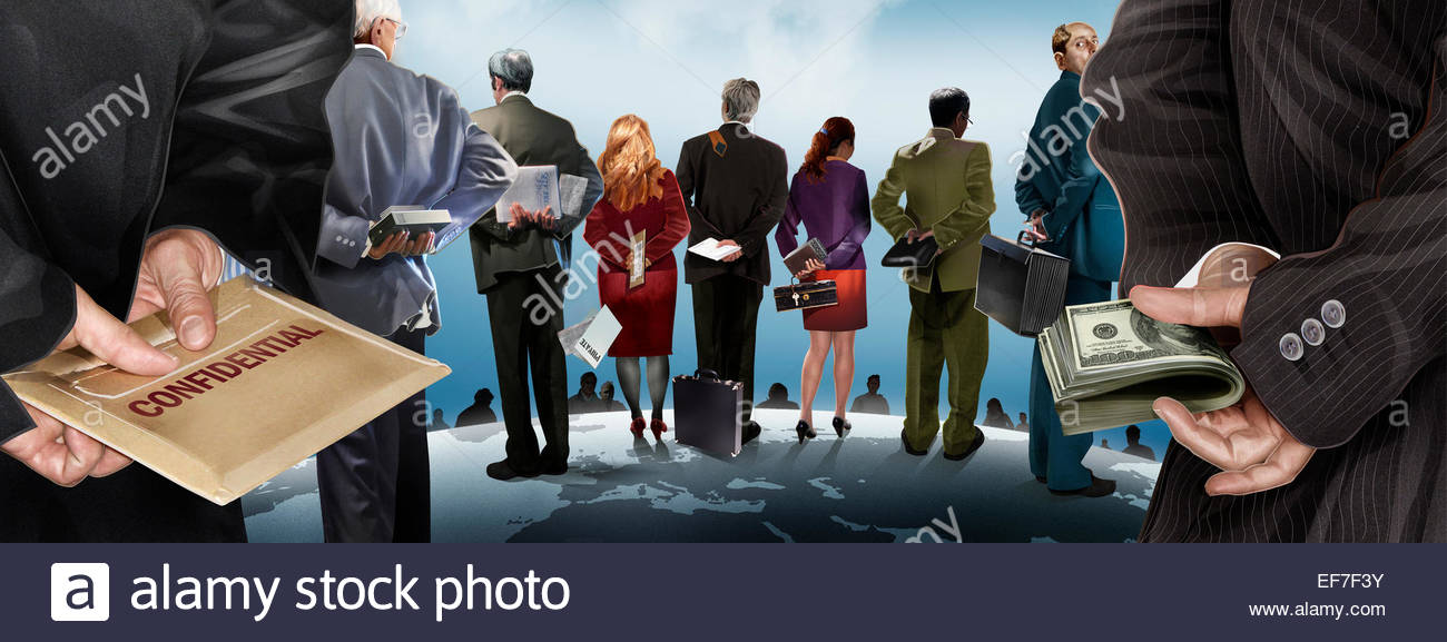 Corporate espionage with business people selling secrets - Stock Image