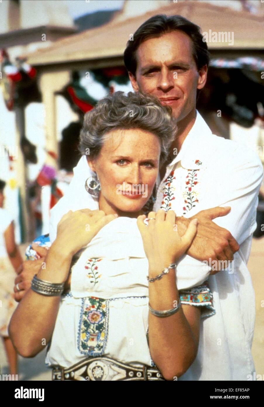 GLENN CLOSE & KEITH CARRADINE THE STONES OF IBARRA (1988) - Stock Image