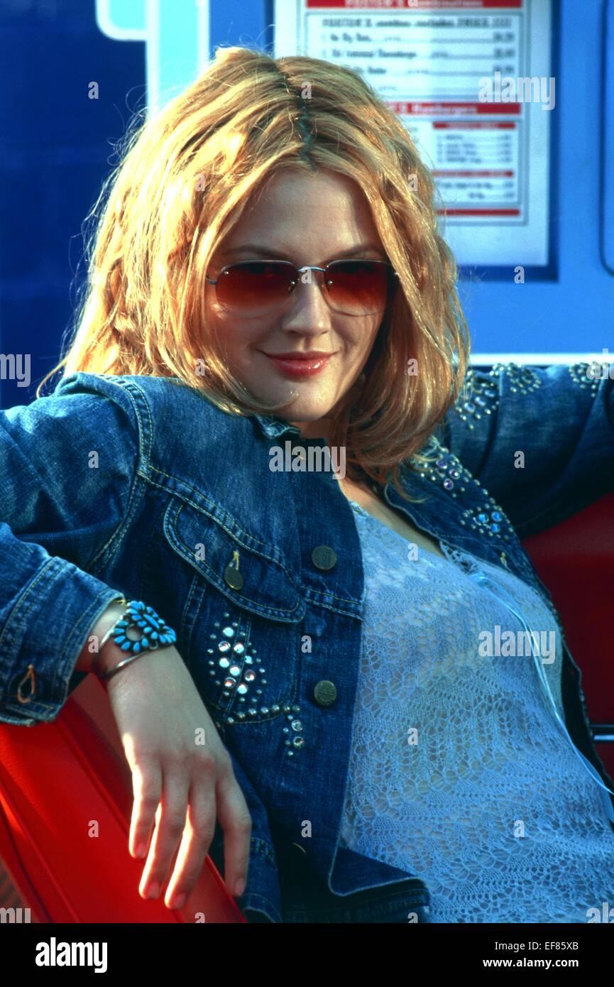 Drew Barrymore Charlie S Angels 2000 Stock Photo Alamy