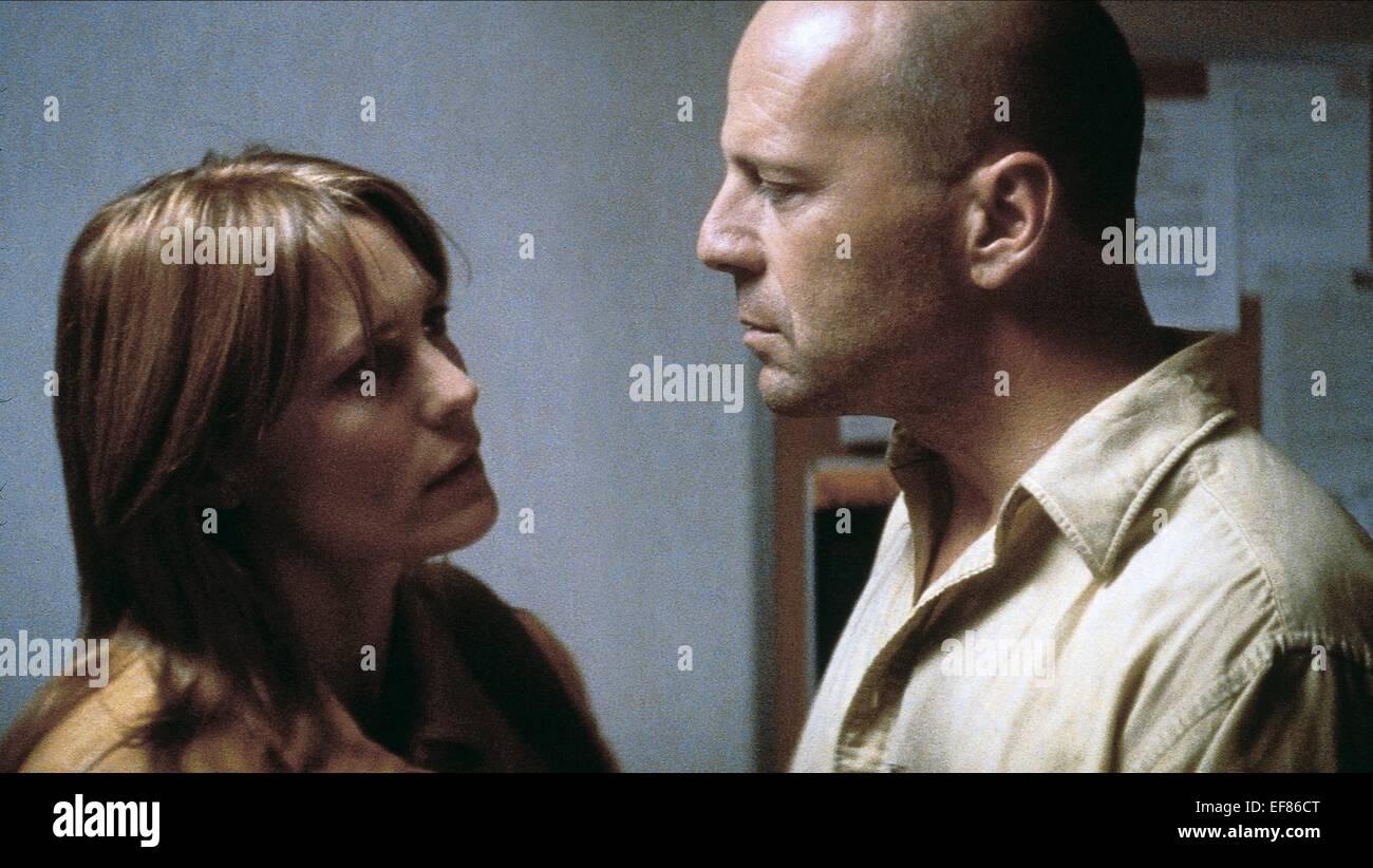Robin Wright Penn Bruce Willis Unbreakable 2000 Stock Photo Alamy