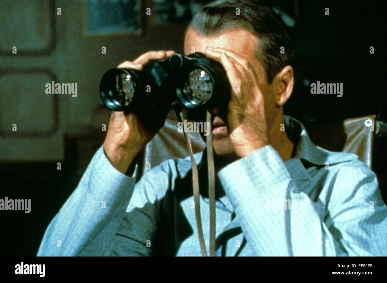 JAMES STEWART REAR WINDOW (1954) - Stock Image