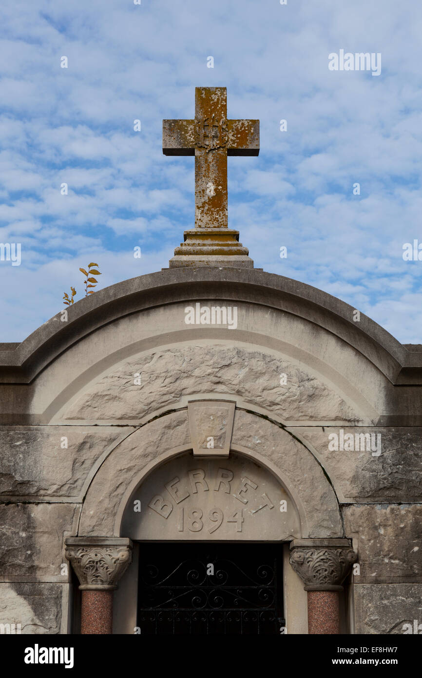 Burial vault, Congressional Cemetery - Washington, DC USA - Stock Image