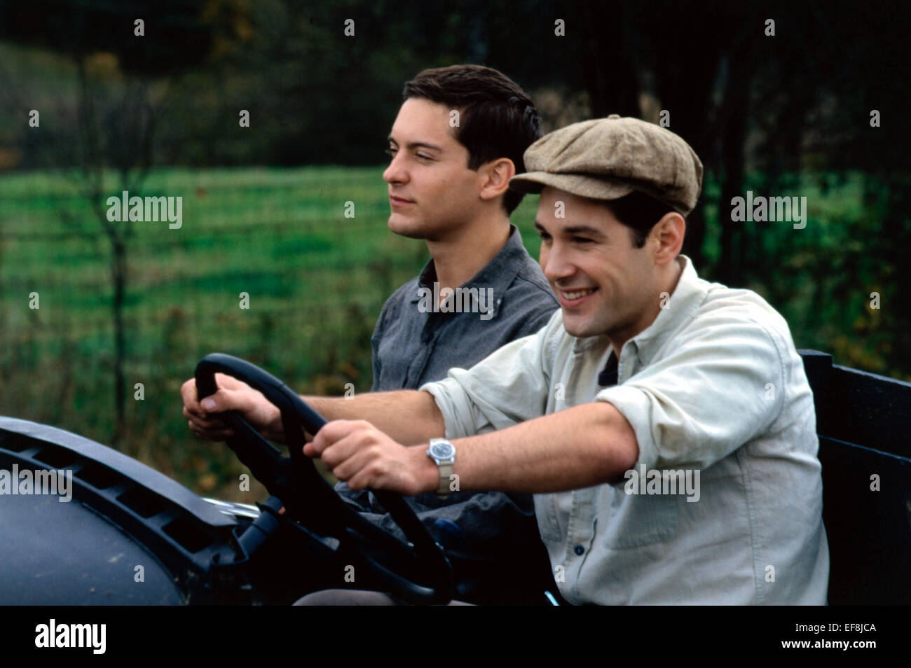 TOBEY MAGUIRE U0026 PAUL RUDD THE CIDER HOUSE RULES (1999)