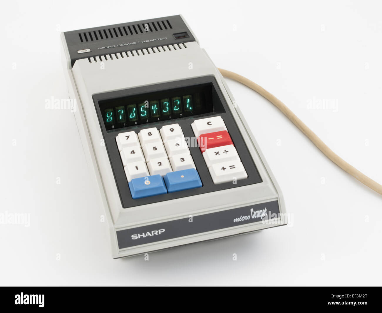SHARP micro COMPET QT-8B ONE OF THE FIRST BATTERY OPERATED HAND HELD CALCULATORS (1970) - Stock Image