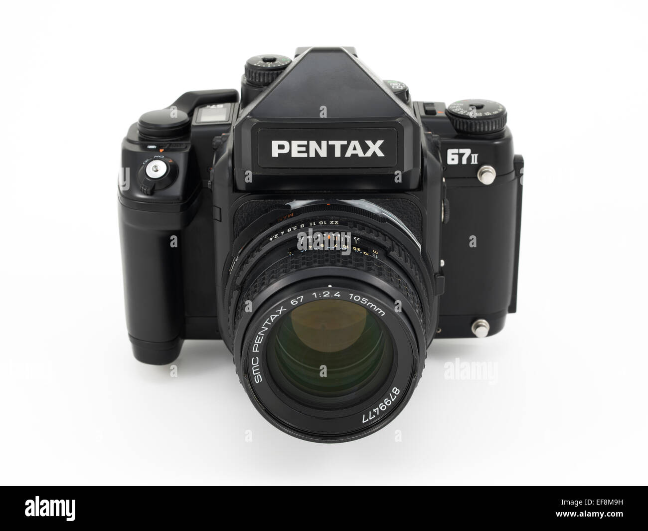 Pentax 67ii 67 6x7 medium format film camera. Popular for analog landscape and travel photography - Stock Image