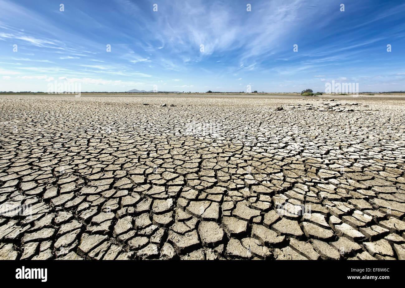 Australia, Victoria, Barren plain with parched soil - Stock Image