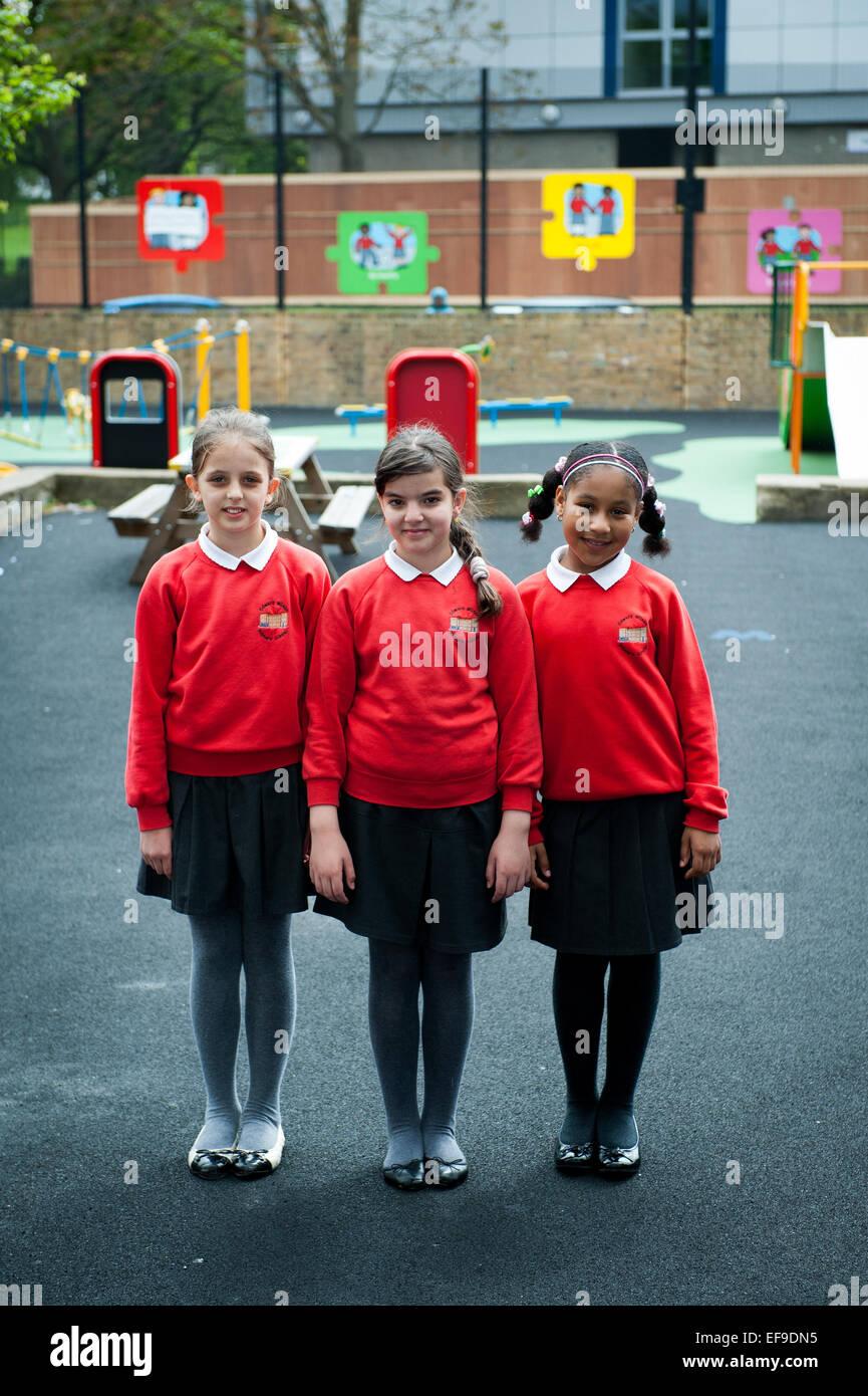 girls-in-uniforms-free-pics