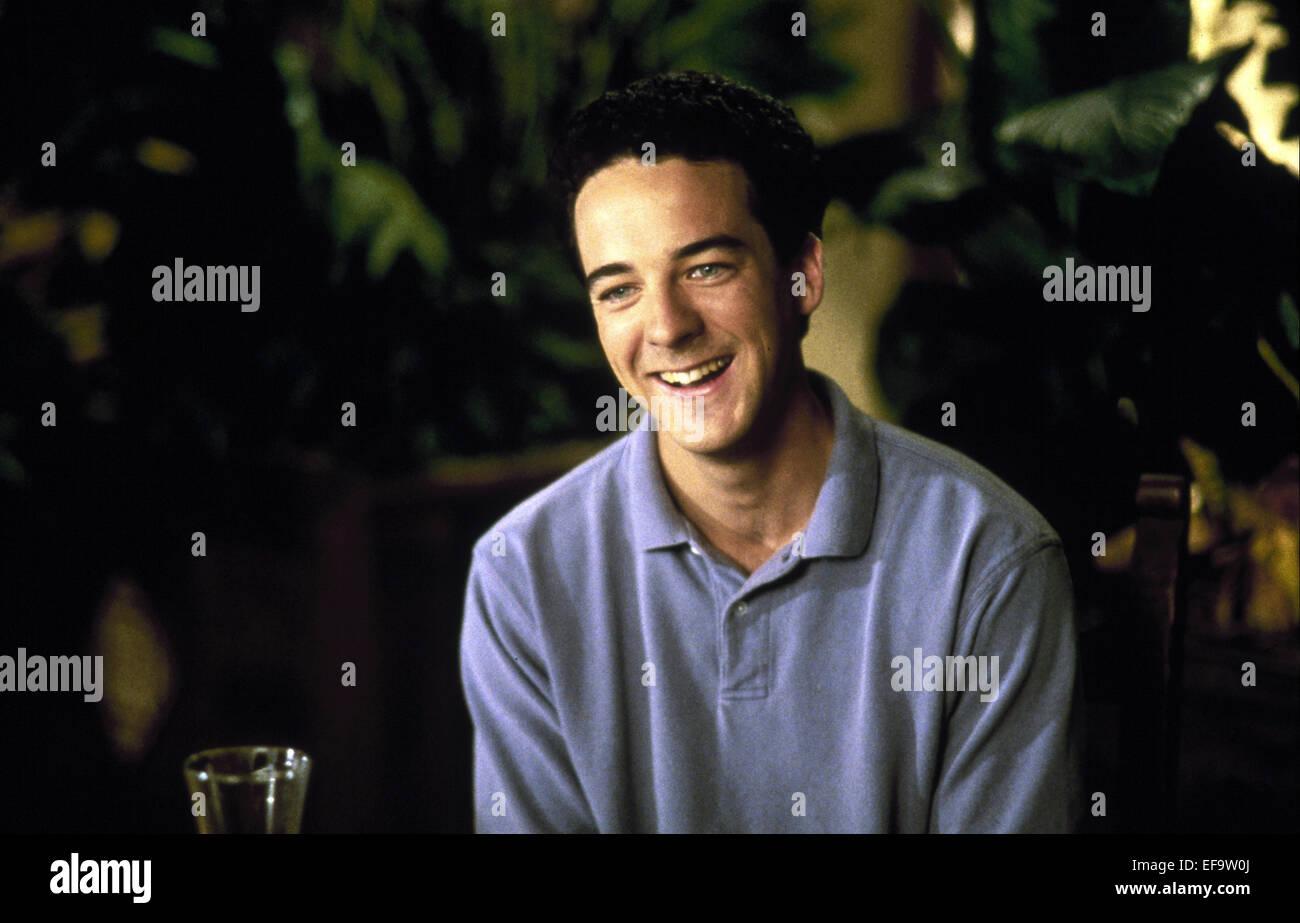 ANDY COMEAU 8 HEADS IN A DUFFEL BAG (1997 Stock Photo  78278498 - Alamy 7ed3e7769e