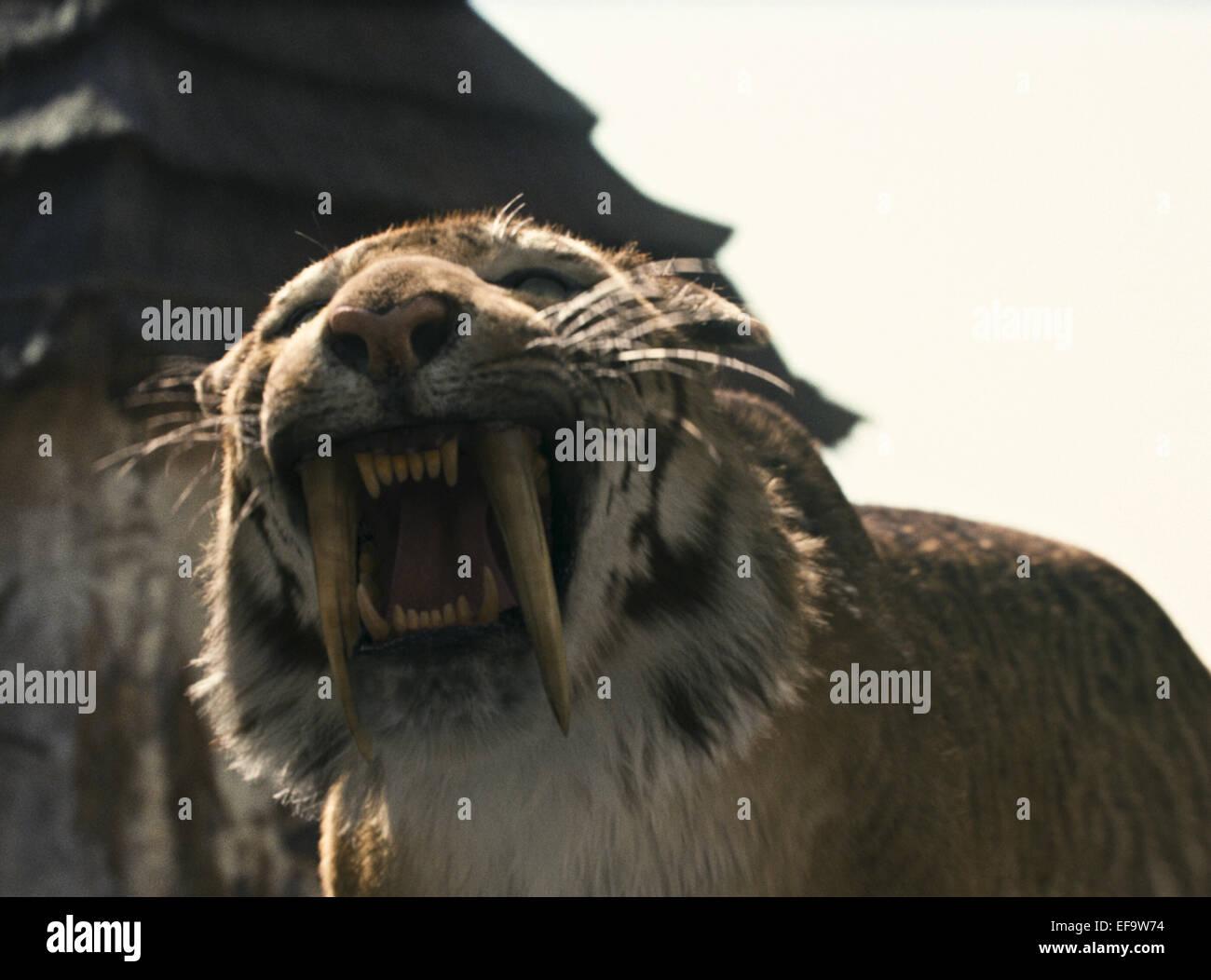 6cc4d43b5 Sabre Tooth Tiger Stock Photos & Sabre Tooth Tiger Stock Images - Alamy