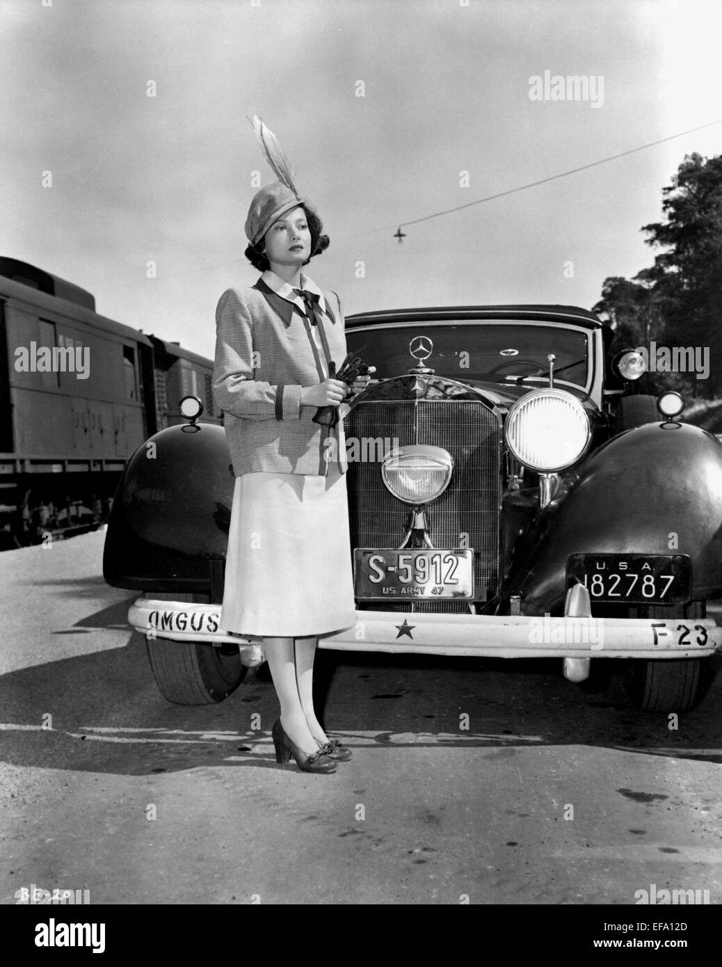 MERLE OBERON BERLIN EXPRESS (1948)
