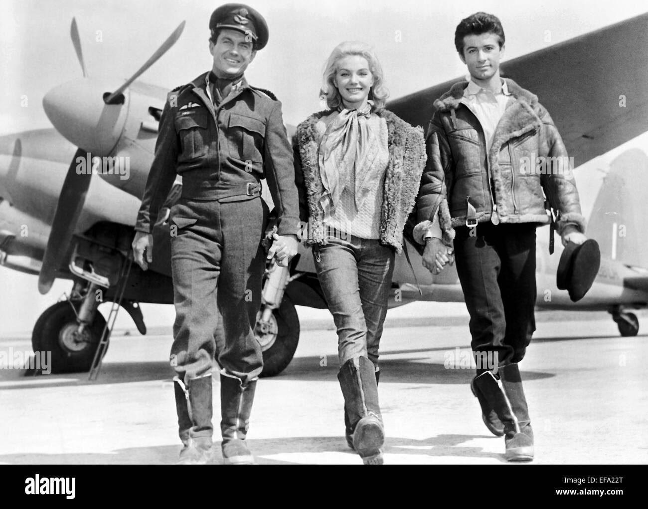 CLIFF ROBERTSON MARIA PERSCHY & GEORGE CHAKIRIS 633 SQUADRON (1964)