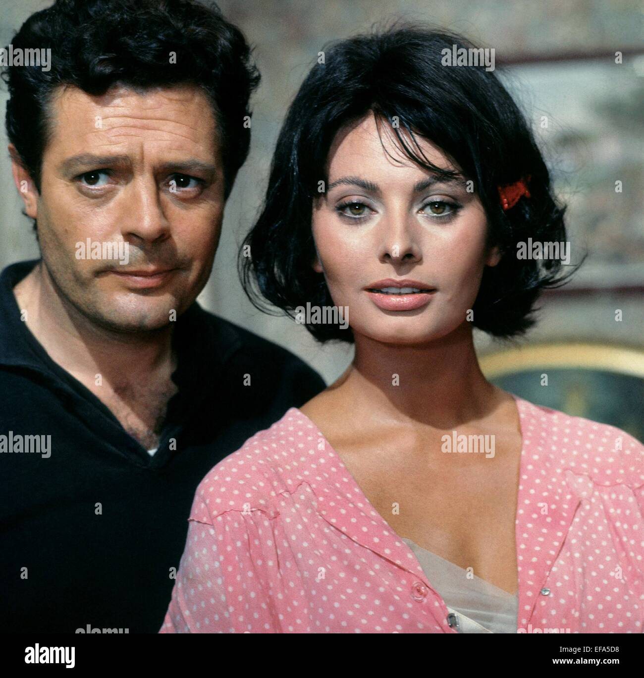 Marcello Mastroianni Sophia Loren Yesterday Today And Tomorrow Stock Photo Alamy