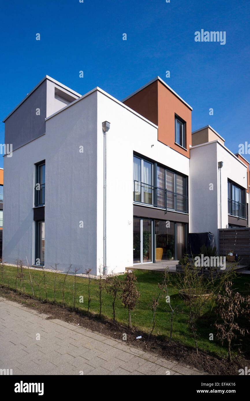What Is Bauhaus Style modern architecture in the bauhaus style riedenberg frankfurt