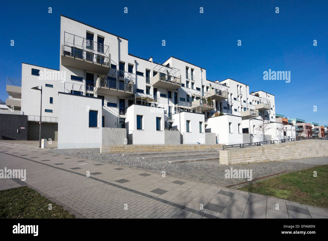 terraced house modern architecture in the bauhaus style riedenberg stock photo 78296533 alamy. Black Bedroom Furniture Sets. Home Design Ideas