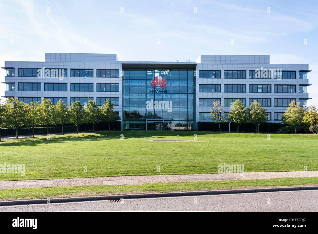 Offices of Chinese mobile phone manufacturer Huawei, Reading, Berkshire, England, GB, UK. - Stock Image