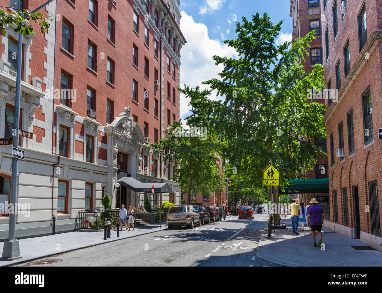 Henry street in brooklyn heights brooklyn new york city for Buying a house in brooklyn