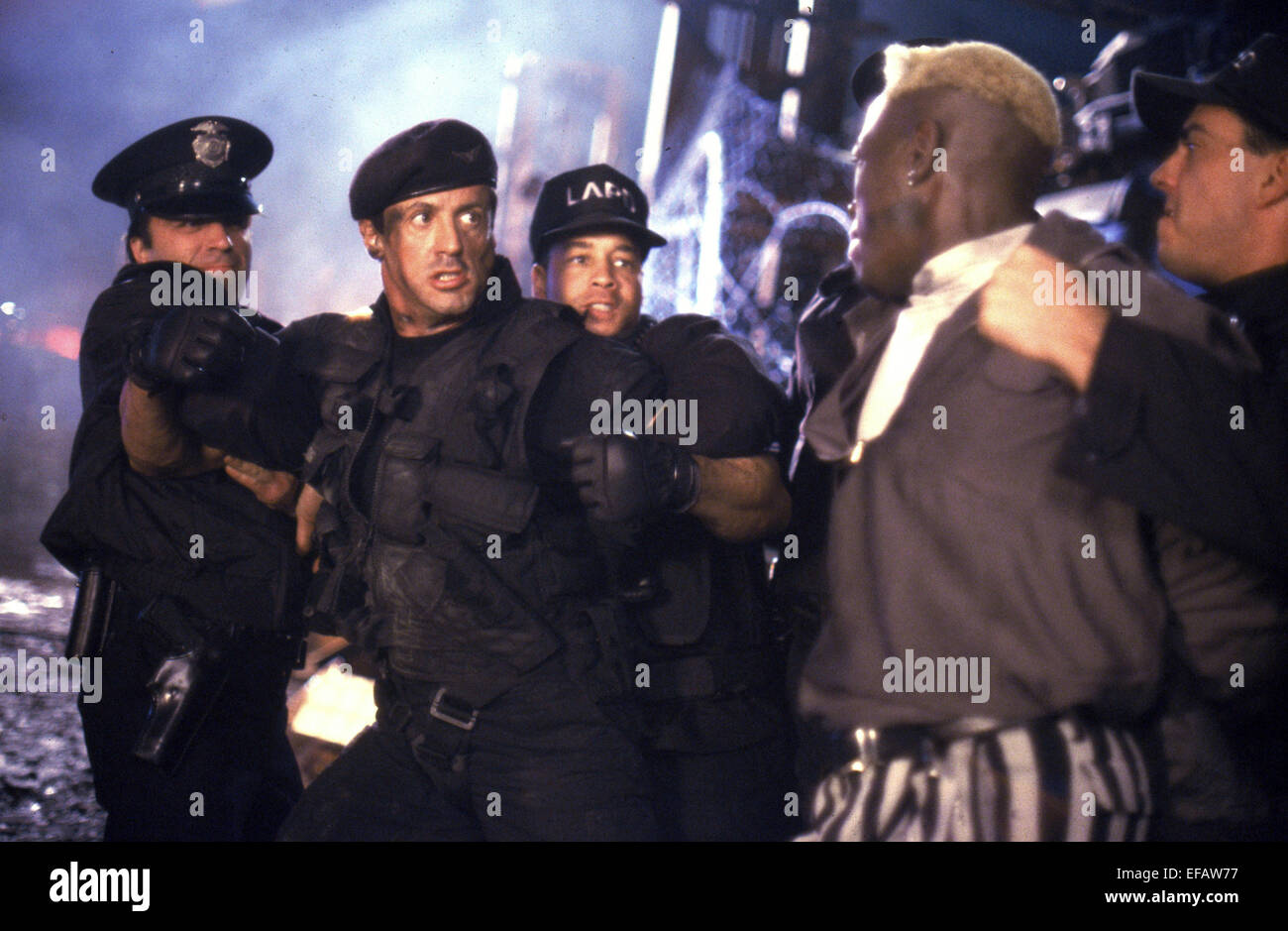 SYLVESTER STALLONE & WESLEY SNIPES DEMOLITION MAN (1993) - Stock Image