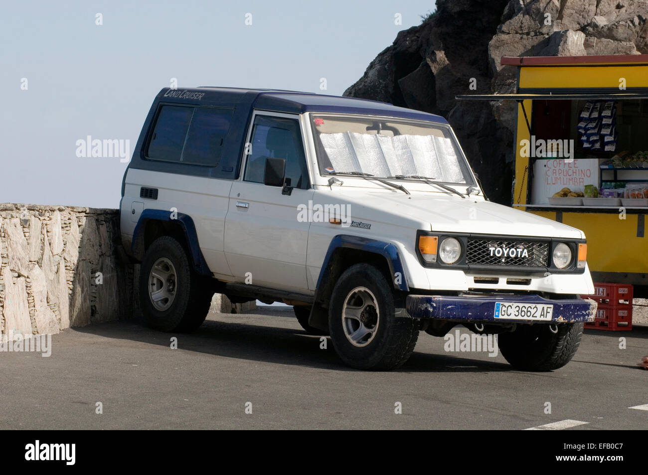 toyota land cruiser 4X4 four 4 by offroad suv - Stock Image