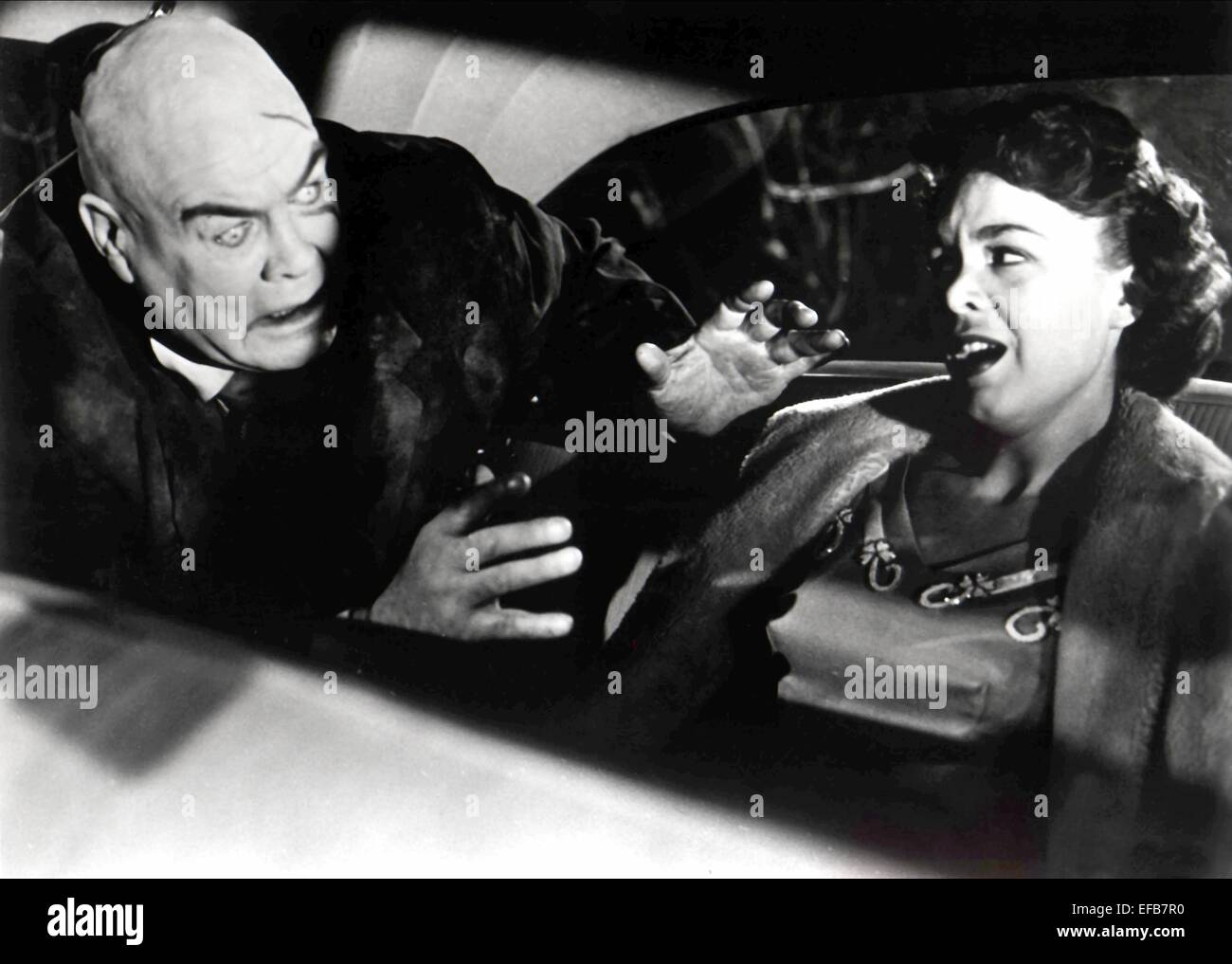 TOR JOHNSON, MONA MCKINNON, PLAN 9 FROM OUTER SPACE, 1959 - Stock Image