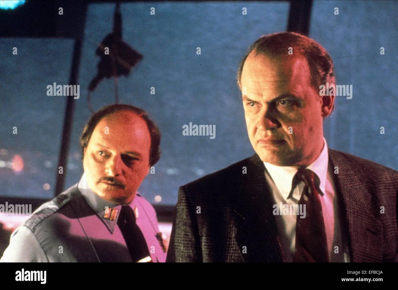 Dennis Franz Fred Dalton Thompson Die Hard 2 1990 Stock Photo Alamy