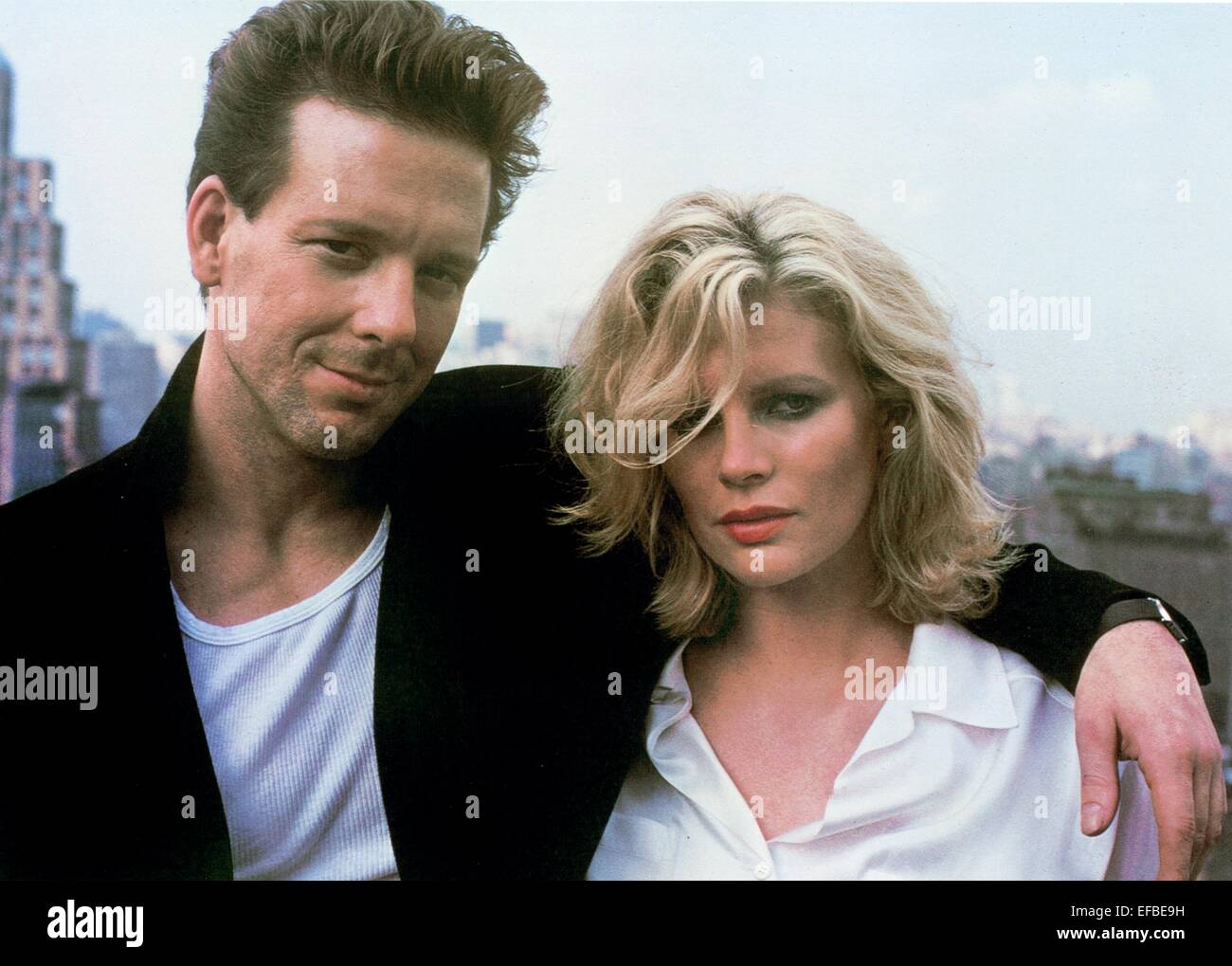 MICKEY ROURKE KIM BASINGER NINE 1 2 WEEKS 9 AND A HALF 1986