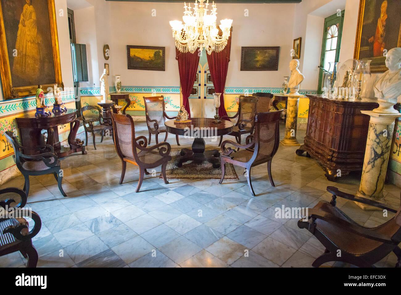 Cuba Old Havana La Habana Vieja Plaza de Armes Palacio de los Capitanes Generales Baroque palace colonial rulers - Stock Image
